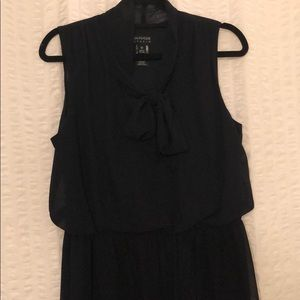 NWOT navy dress with tie at neck